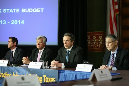 Cuomo, state lawmakers reach budget deal