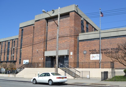 Queens middle school teacher arrested for alleged sexual relationship with student