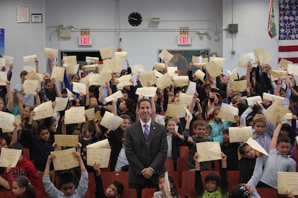 Assemblymember Goldfeder announces Summer Reading Challenge