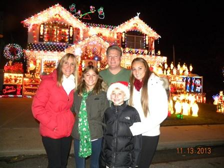 Whitestone family wins 'Great Christmas Light Fight' on ABC