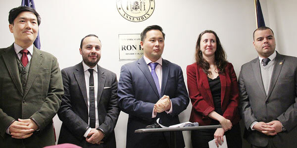 State assembly members join forces to make Dream Act pass