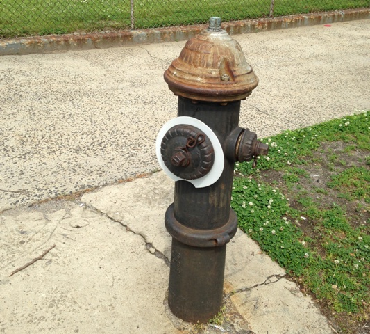 Howard Beach defunct fire hydrants fixed after residents complain