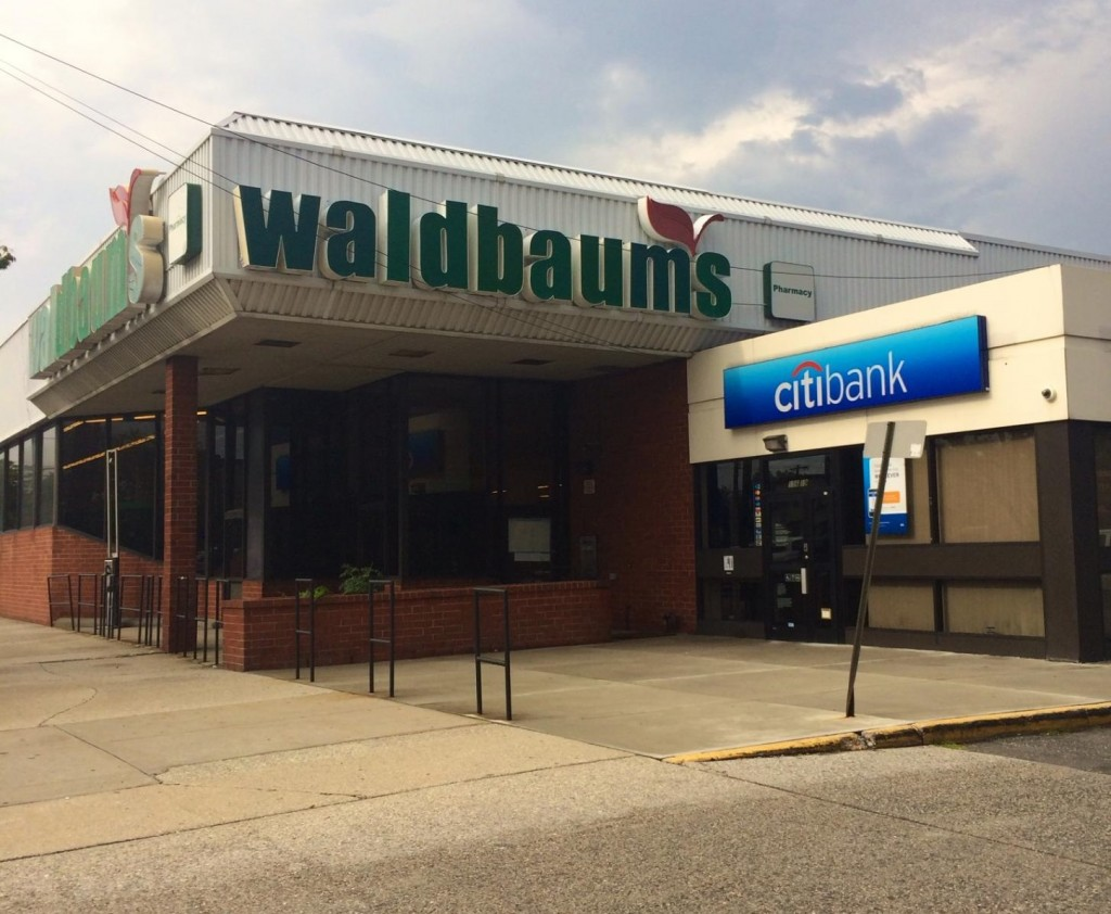 Stop & Shop to buy out Pathmark, Waldbaum's supermarkets in Queens