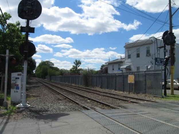 Op-ed: An alternative to light rail for western Queens