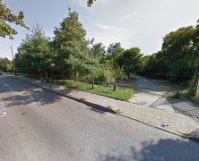 Elmhurst woman found dead with slash wounds on body in Kissena Park