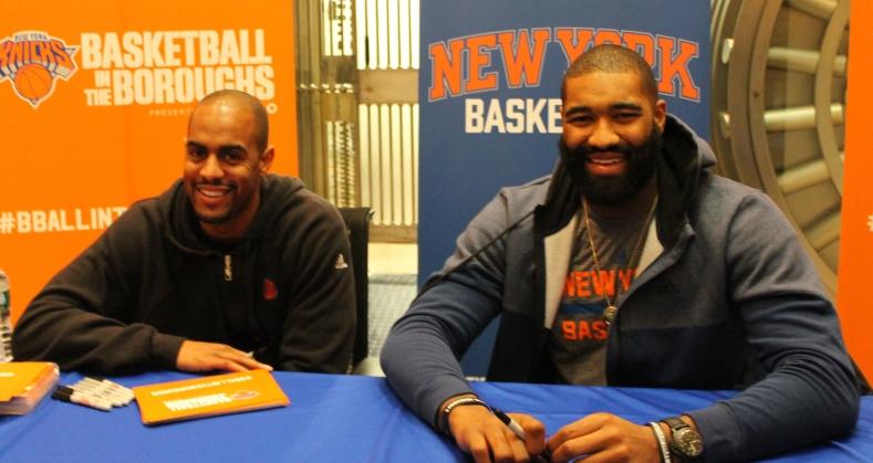 Knicks players meet fans in Bayside