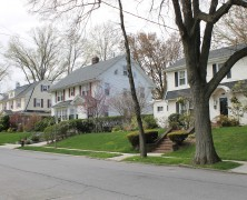 Pols, Flushing homeowners request neighborhood landmark consideration