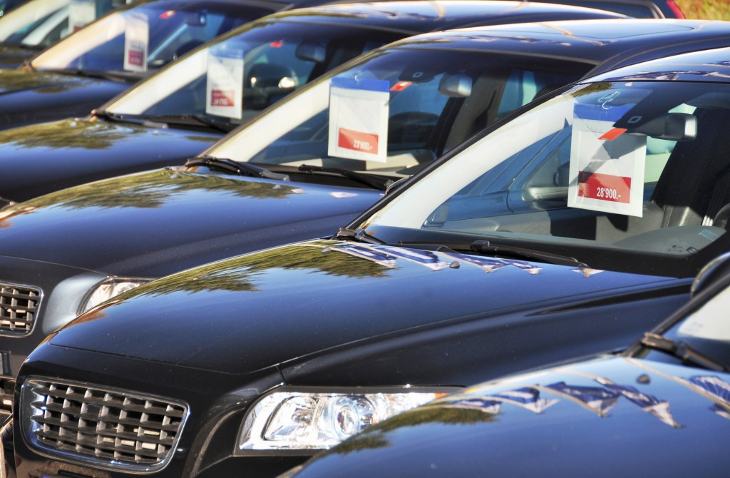 A Ridgewood car dealership cheated the state out of $300K in tax revenue, DA says