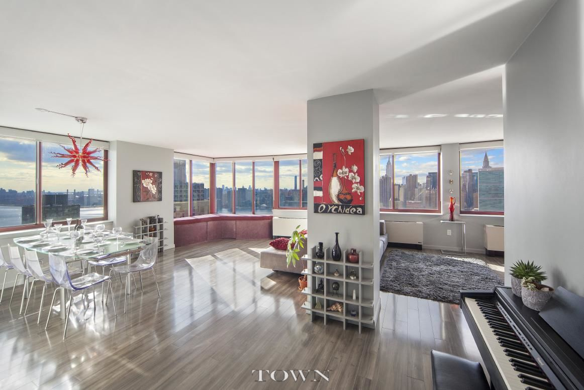 Take a look inside this super-modern Long Island City apartment that's for sale for $2.4M