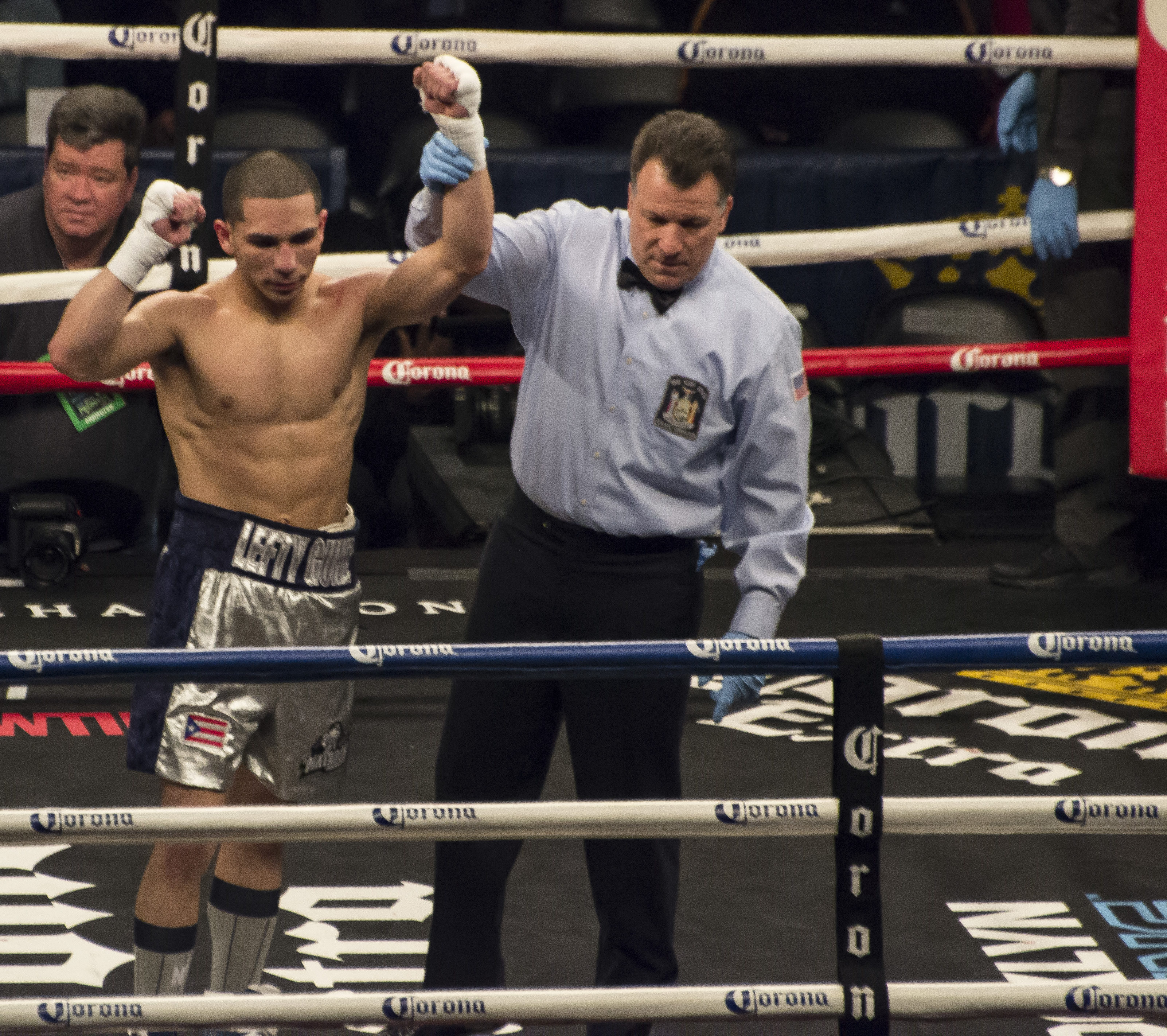 Ridgewood boxer Mathew Gonzalez wins by unanimous decision in first pro fight in New York City