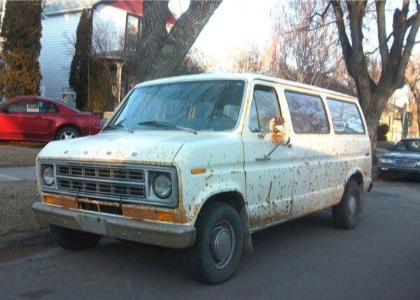 Jamaica man sentenced for selling stolen vans: DA