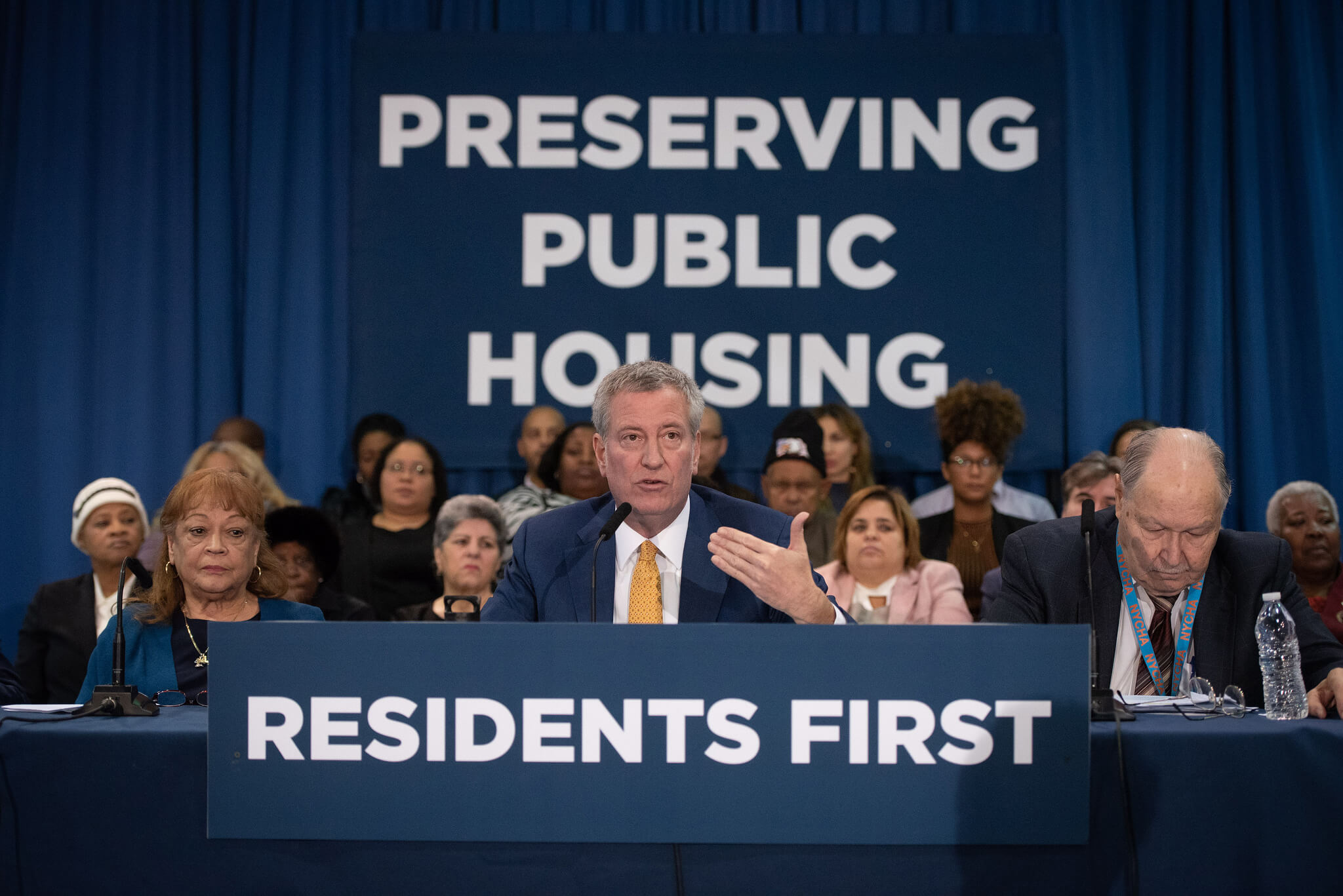 De Blasio administration announces steps to block federal takeover of NYCHA