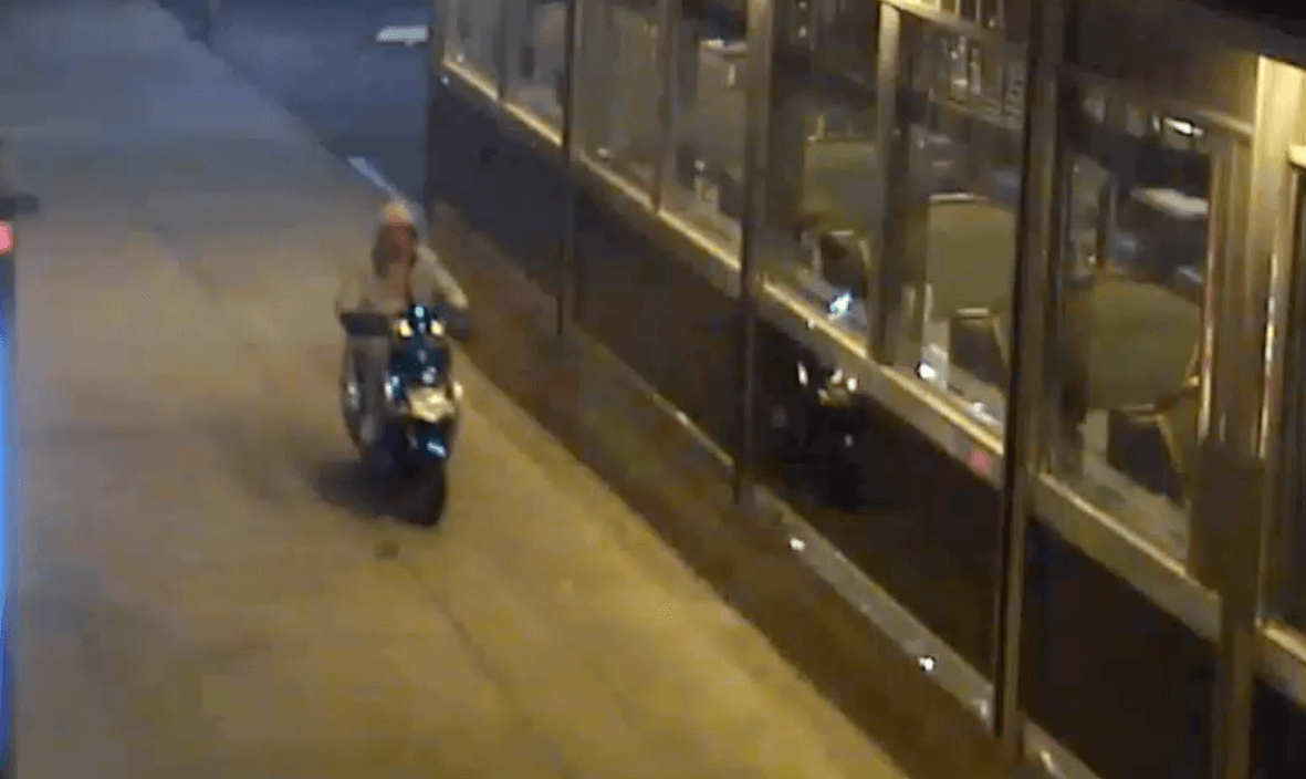 Knife-wielding robbers flee empty-handed after Astoria diner employee thwarts attempt to steal scooter