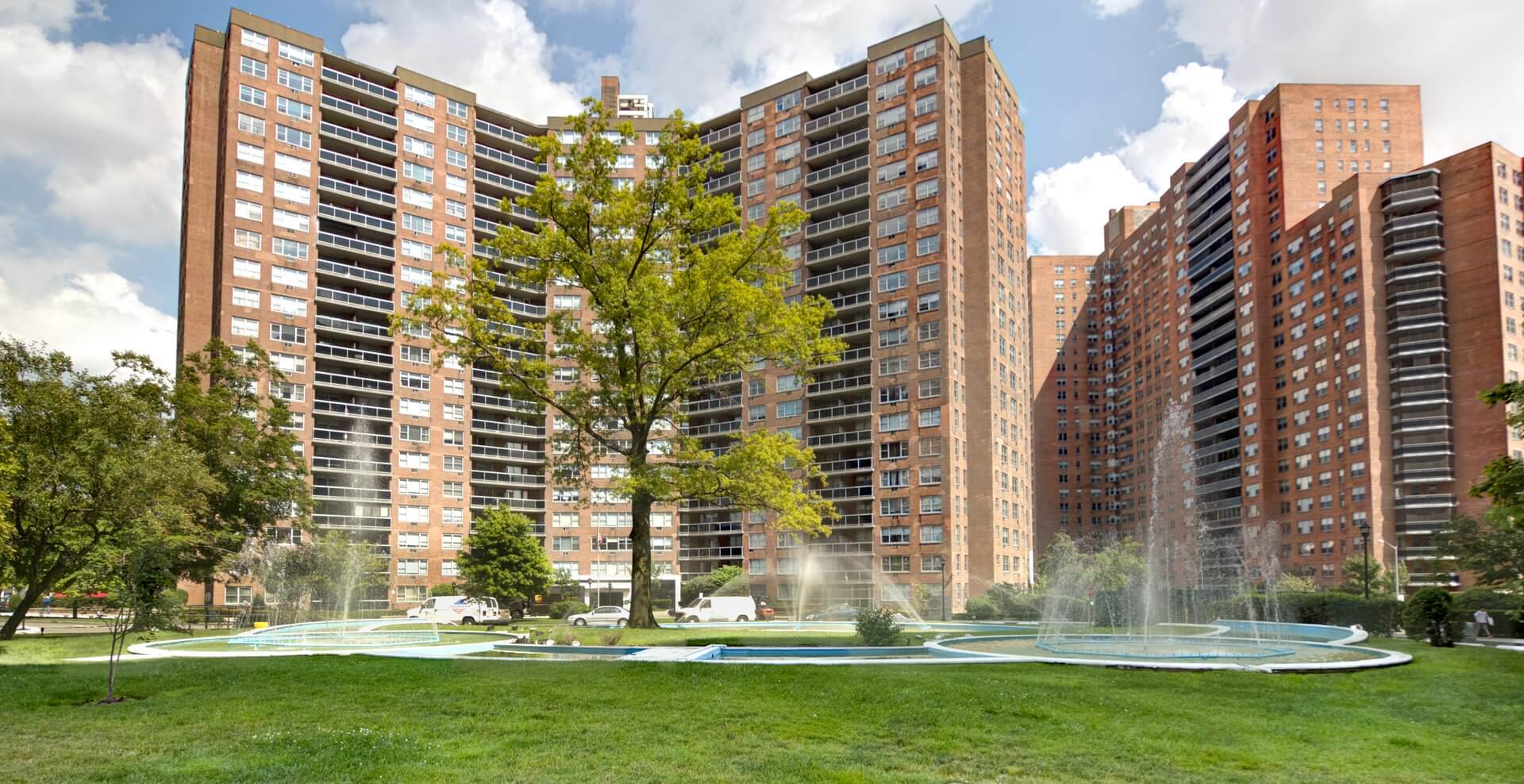 Blackstone to pay more than $1 million to Parker Towers tenants in Forest Hills