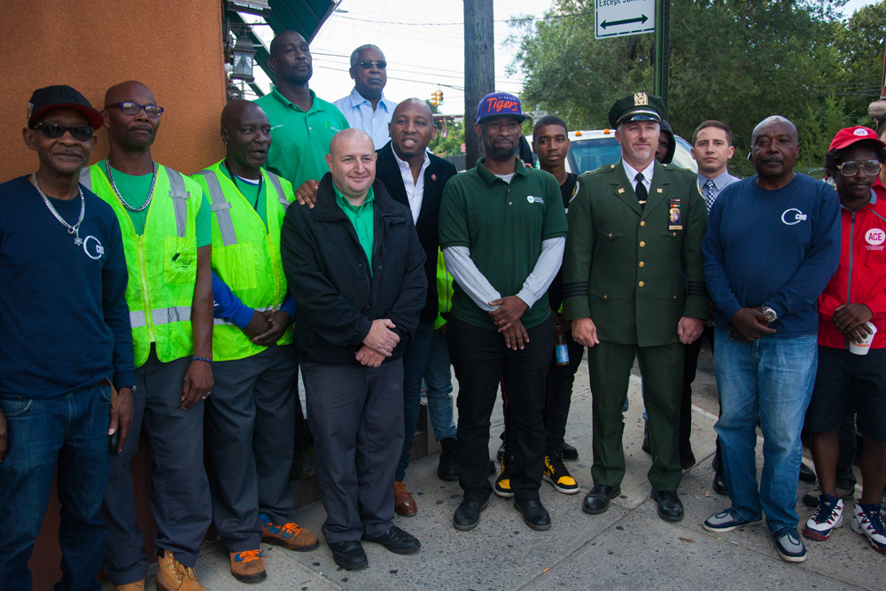 Councilman Richards battles litter in southeast Queens and Rockaways with $260K of sanitation funding